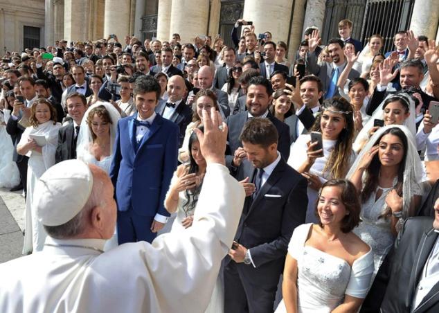 20160407t1336-2600-cns-pope-apostolic-exhortation_pres