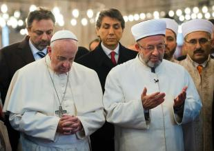 turkey_pope_rain__2_