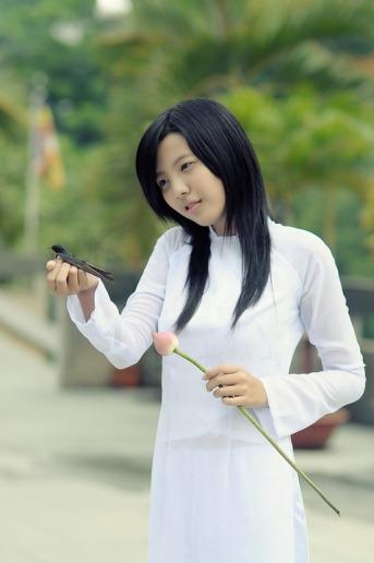 girl-1741936_960_720